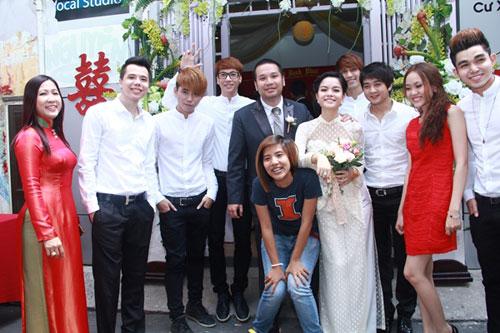 Phạm Quỳnh Anh e ấp làm cô dâu - 9