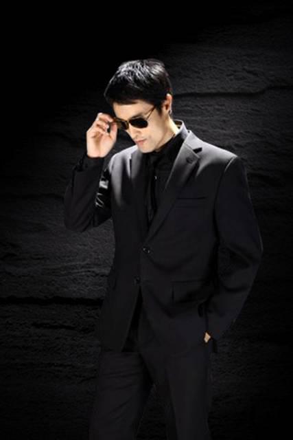 Bộ sưu tập thời trang của Johnny Trí Nguyễn - 1