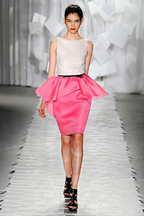 Mặc đẹp với váy áo peplum - 3