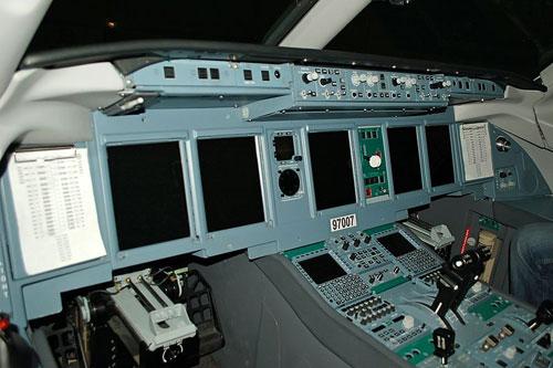 """Superjet 100 – """"Vận đen"""" vào ngày chiến thắng - 3"""