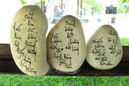Người viết truyện Kiều trên đá cuội đầu tiên - 2