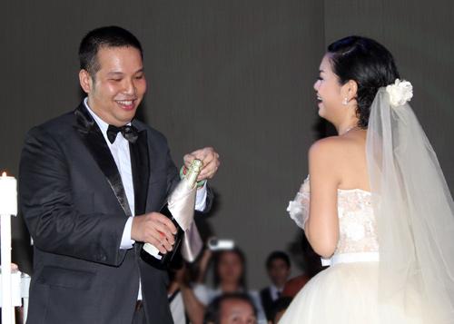 Độc, lạ đám cưới Quỳnh Anh - 8