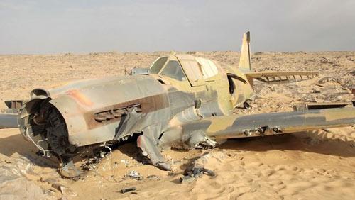 Gặp nạn 70 năm trước, máy bay vẫn nguyên vẹn - 10