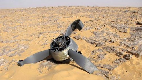 Gặp nạn 70 năm trước, máy bay vẫn nguyên vẹn - 2
