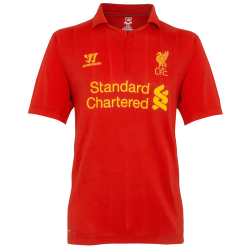 """Liverpool quảng cáo áo đấu """"phù thủy"""" - 1"""