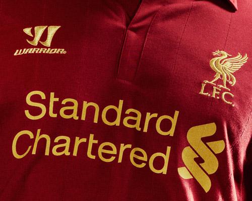 """Liverpool quảng cáo áo đấu """"phù thủy"""" - 6"""