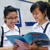 Tuyển sinh lớp 10 chuyên Hà Nội – Amsterdam và Nguyễn Huệ