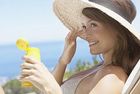 Bảo vệ da thế nào trong nắng nóng? - 1