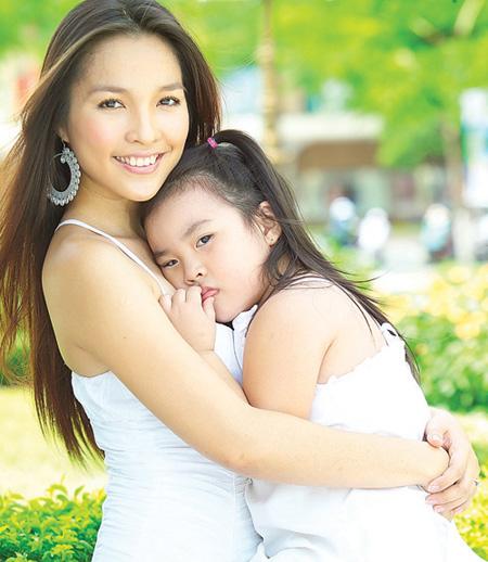 Những bà mẹ sexy nhất Vbiz - 7