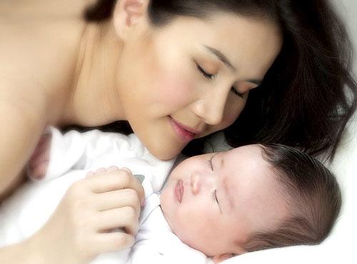 Những bà mẹ sexy nhất Vbiz - 13