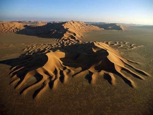 Những hình ảnh sa mạc đẹp lạ - 5