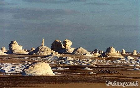 Tuyệt tác sa mạc trắng từ thiên nhiên - 1