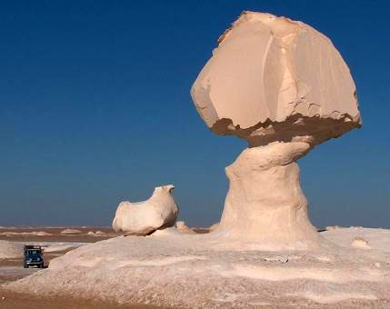 Tuyệt tác sa mạc trắng từ thiên nhiên - 7