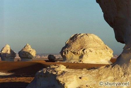 Tuyệt tác sa mạc trắng từ thiên nhiên - 8