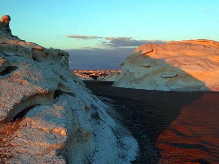 Tuyệt tác sa mạc trắng từ thiên nhiên - 9