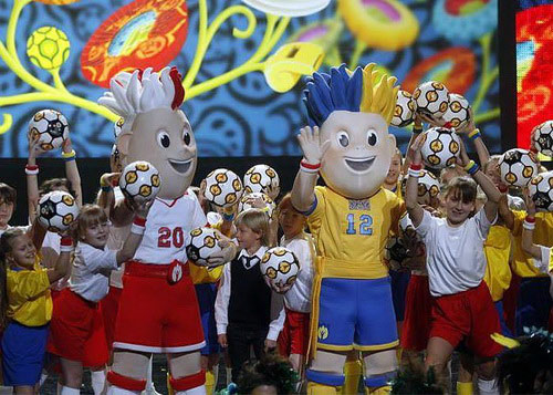 Công bố linh vật Euro 2012 - 3
