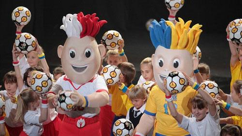 Công bố linh vật Euro 2012 - 5