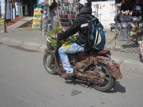 """Choáng với """"xe máy thân thiện môi trường"""" - 2"""