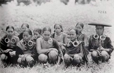 Sơn nữ Việt xưa mặc gì? - 10