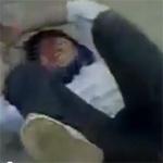 Tin tức trong ngày - Choáng với clip nữ sinh đánh bạn hộc máu