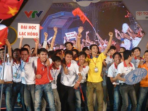 Đại học Lạc Hồng vô địch Robocon 2012 - 1