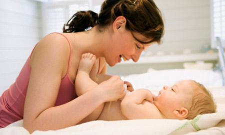 Chăm sóc trẻ nhiễm khuẩn hô hấp tại nhà - 2