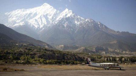 Rơi máy bay ở Nepal, 15 người chết - 1