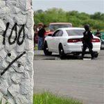 Tin tức trong ngày - 49 xác chết trên đường cao tốc Mexico