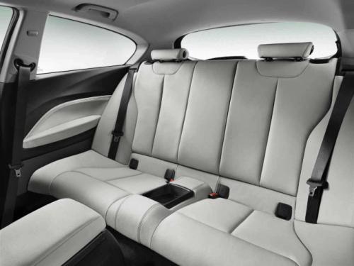 Khám phá BMW 1-series bản 3 cửa - 10