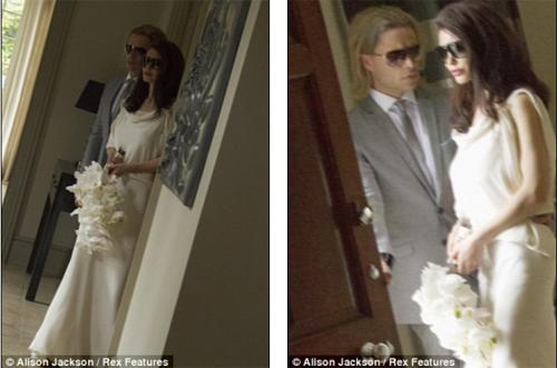 HOT: Jolie-Pitt lộ ảnh cưới giả - 4