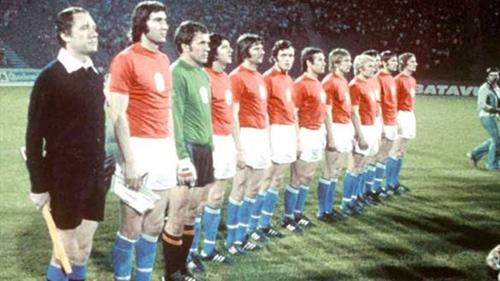 Euro 1976: Tuyệt chiêu Panenka - 2