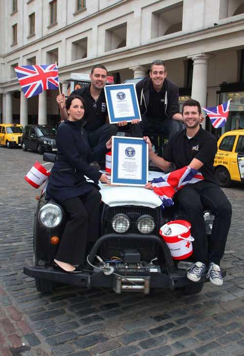 Kỷ lục đi taxi vòng quanh thế giới - 13