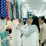 """Thị trường - Tiêu dùng - Quần áo Trung Quốc """"lũng đoạn"""" thị trường"""