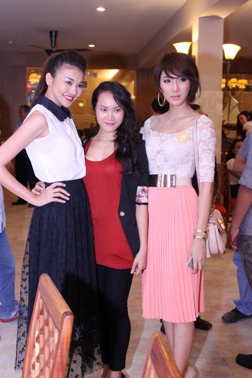 """Phút """"xì tin"""" của siêu mẫu Thanh Hằng - 14"""