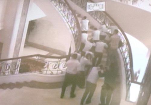 Diễn tập tấn công, bắt giữ kẻ cướp ngân hàng - 3