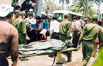 Những vụ tai nạn xe khách thảm khốc nhất - 4