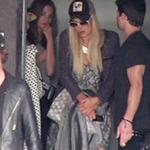 Phim - Paris Hilton lại bị cảnh sát sờ gáy