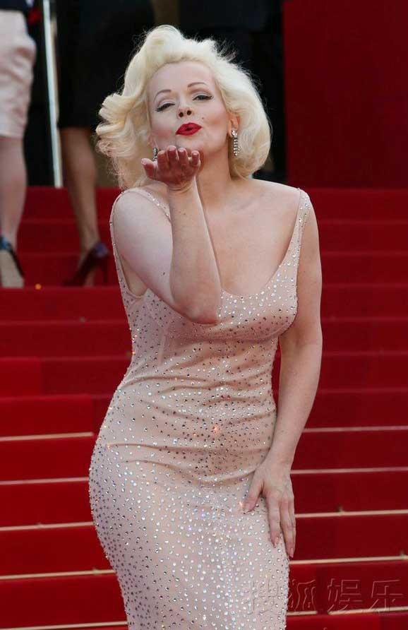 """""""Biểu tượng sex"""" hiện thân tại Cannes - 4"""