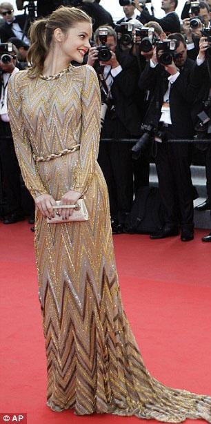 """""""Biểu tượng sex"""" hiện thân tại Cannes - 12"""