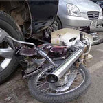 """Tin tức trong ngày - Hà Nội: """"Xe điên"""" đâm 4 xe máy, 1 người chết"""