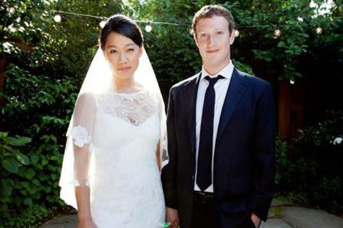 "CEO Facebook ""bất ngờ"" cưới vợ - 1"