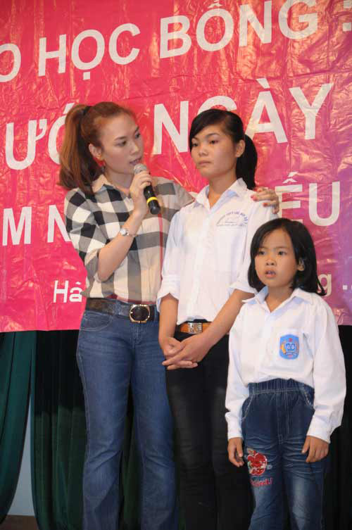 Mc jeans p nh chn di Vit, Thi trang jean, Thi trang, quan jean, sao Viet, thoi trang jean, xu hng thoi trang, my nhan Viet