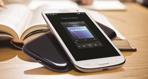 Galaxy S3 phả hơi nóng vào Apple - 1