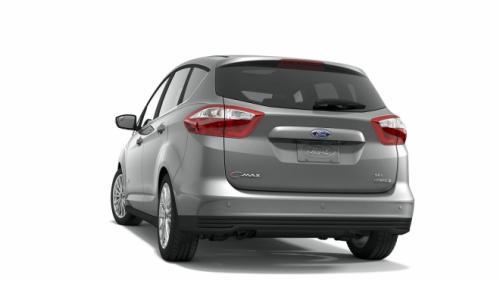Ford C-Max đối đầu Toyota Prius v: Ai hơn ai? - 3