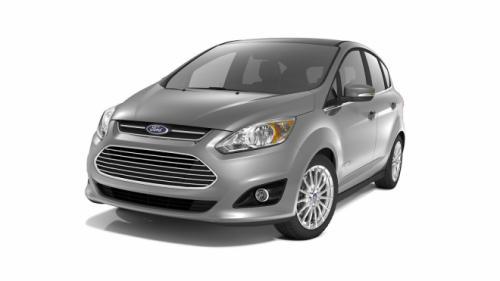 Ford C-Max đối đầu Toyota Prius v: Ai hơn ai? - 7