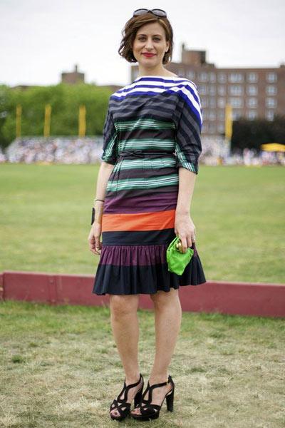 Mặc kẻ sọc đúng mốt hè 2012 - 18