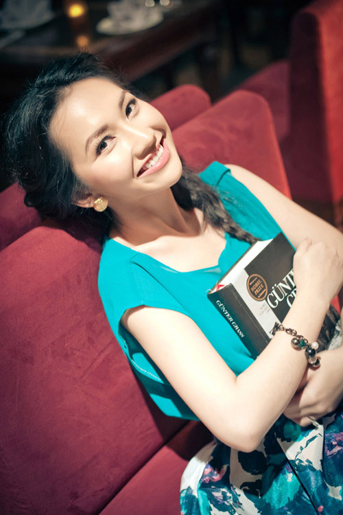 Nụ cười nào rạng rỡ nhất showbiz Việt? - 3