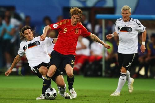 Euro 2012: Nhà cái chọn Tây Ban Nha - 1