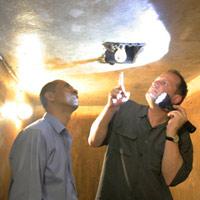 Khám phá hầm trú ẩn ở KS Metropole HN