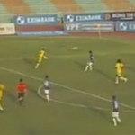 """Bóng đá - """"Siêu phẩm"""" của Basten tái hiện ở V-League"""